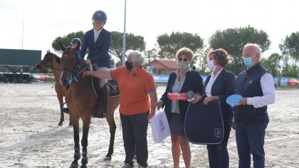Sologn'Pony 2020 : Marie Breney réitère devant un podium 100% féminin chez les...